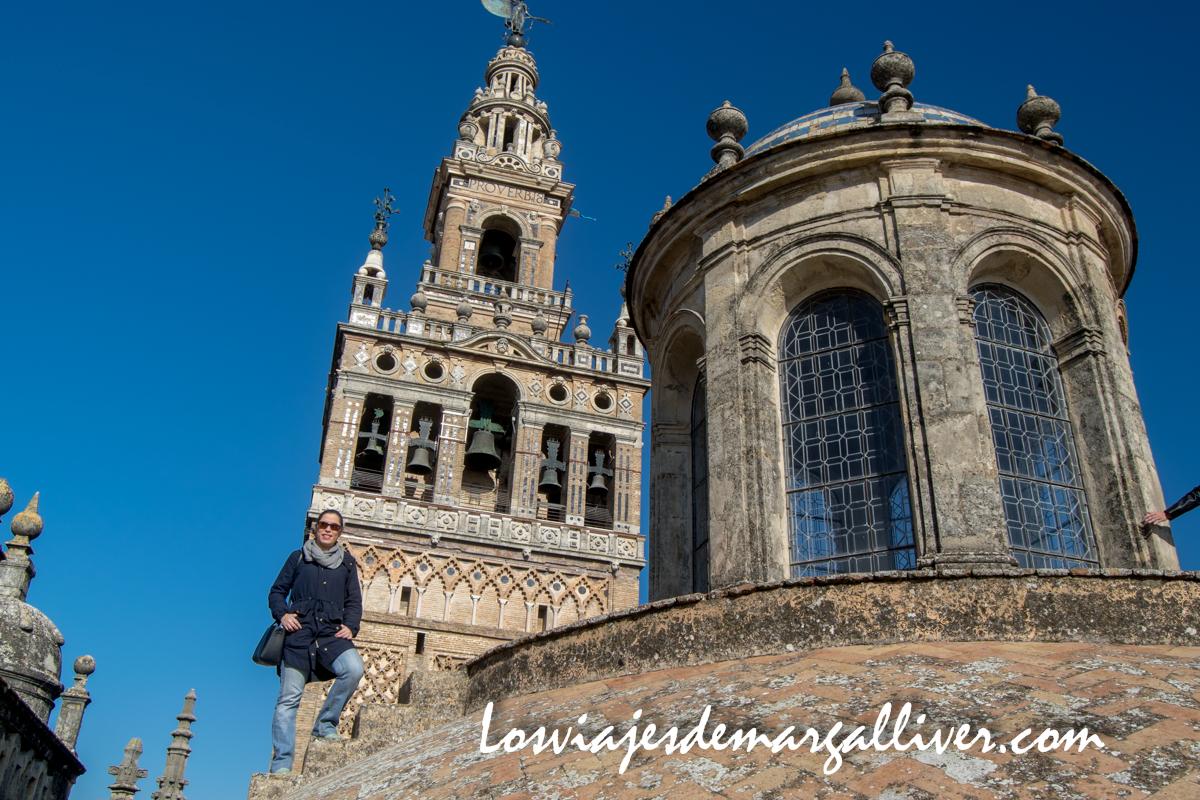 La giralda vista desde las cubiertas de la catedral de Sevilla, mejor ciudad para visitar en 2018 - Los viajes de Margalliver